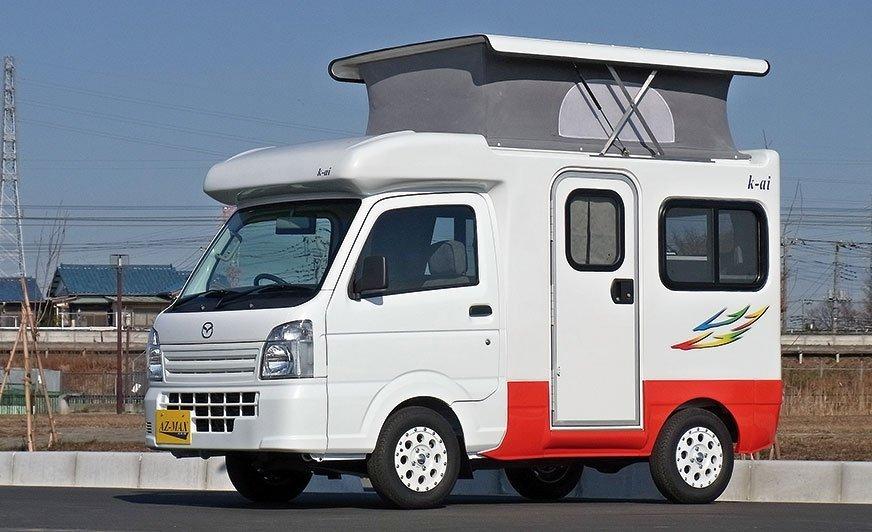 Kei-car na bazie Mazdy z podnoszonym dachem.