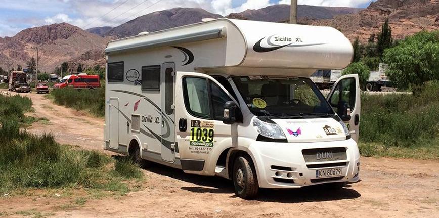 Z Duni Sicilia XL podczas Dakaru 2017 korzystała Camelia Liparoti