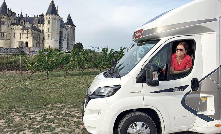 Przed zamkiem w Saumur