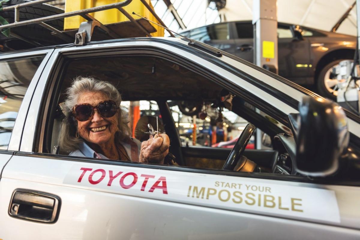 Samotna wyprawa 20-letnią Corollą wzdłuż Afryki