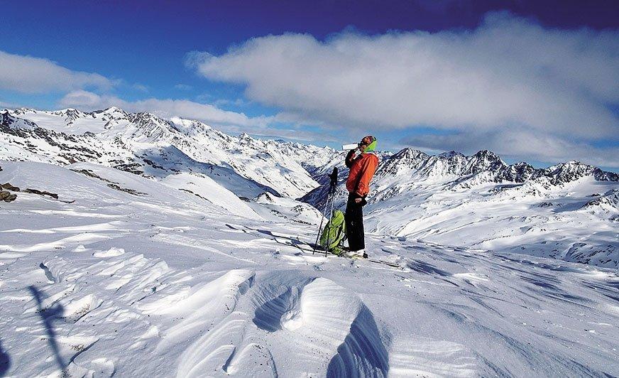 Trawers Alp to nie przelewki. Przygotowania do takiej wyprawy trwają właściwie całe życie
