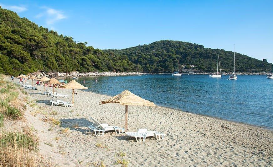 Spokojne plaże na wyspie Mljet