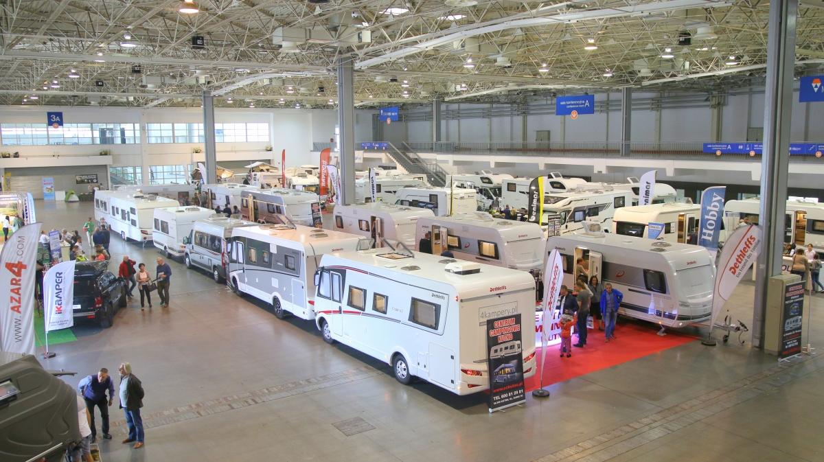 Kampery, przyczepy kempingowe, akcesoria, namioty... - oferta wystawców na pewno będzie szeroka