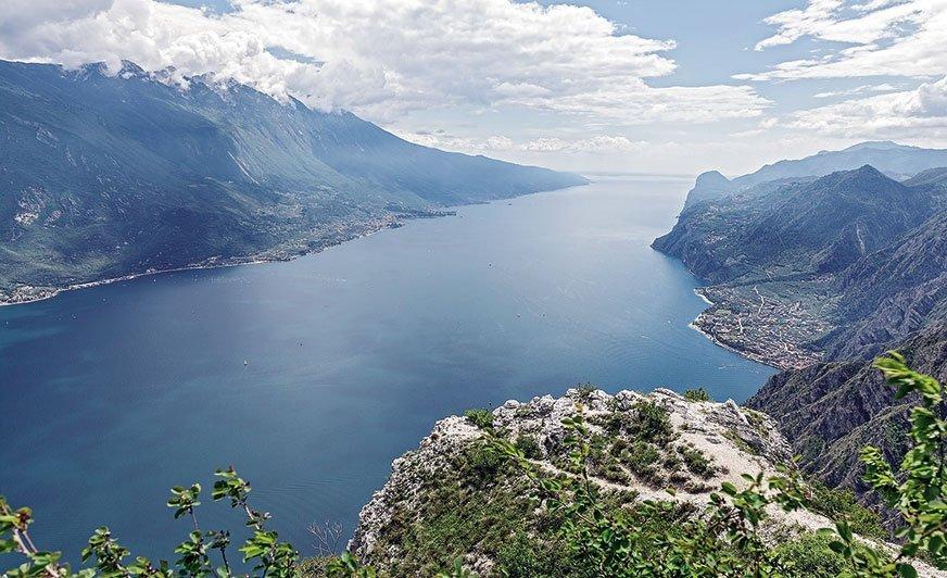 Lago di Garda to największe inajczystsze jezioro we Włoszech