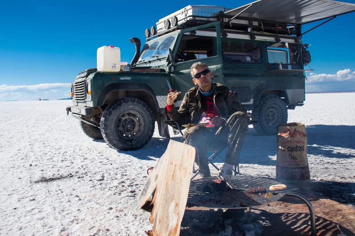 Mieszkanie dla dwojga, czyli zabudowa wyprawowa - Land Rover Defender
