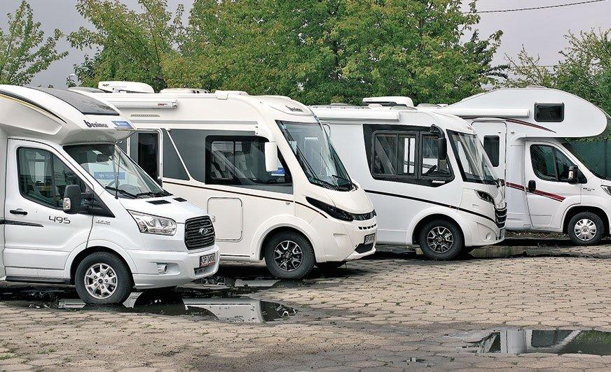 Na rynku funkcjonują duże wypożyczalnie (posiadające po około 30 pojazdów wofercie) imniejsze, których flota składa się zmaksymalnie 5 kamperów