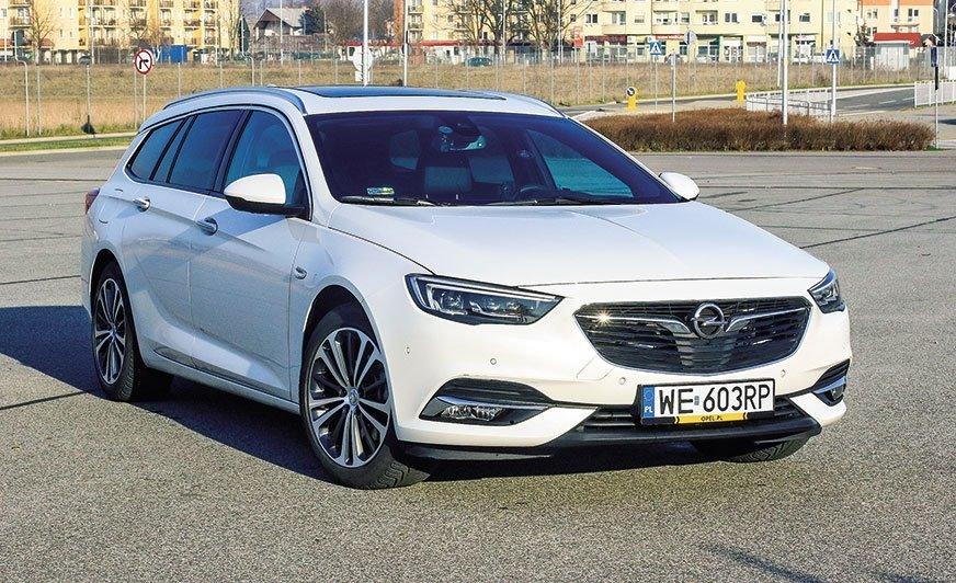 Opel Insignia - czy sprawdza się jako holownik?