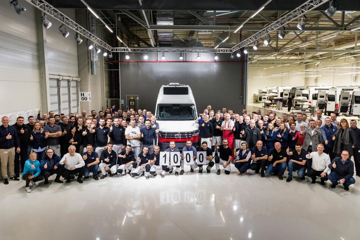 Tysięczny Volkswagen Grand California zjechał z taśmy produkcyjnej fabryki we Wrześni
