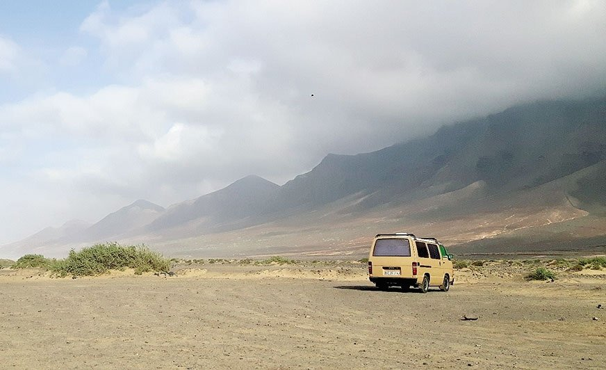 """Fuertaventura – miejsce dla surferów i ludzi lubiących szeroko pojęte """"nic na horyzoncie"""""""