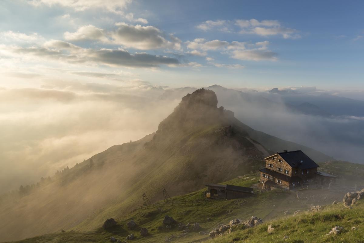 Wędrówka wśród górskich szczytów