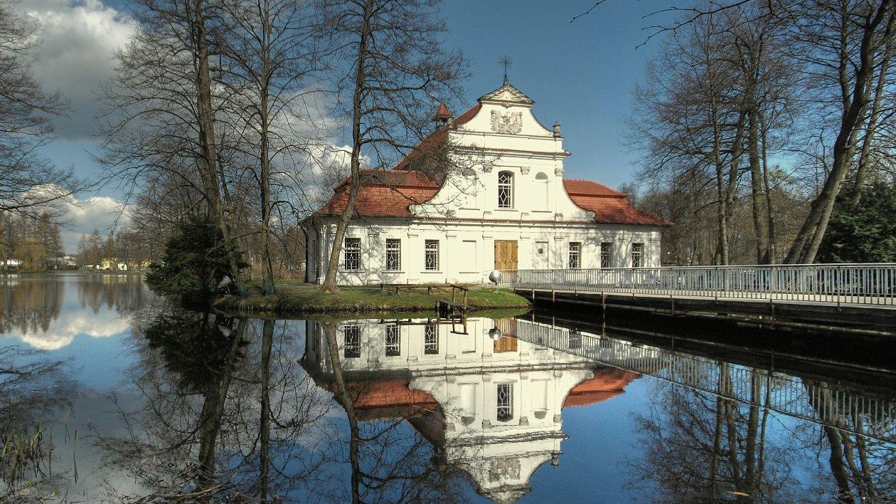 Kościół na wodzie w Zwierzyńcu