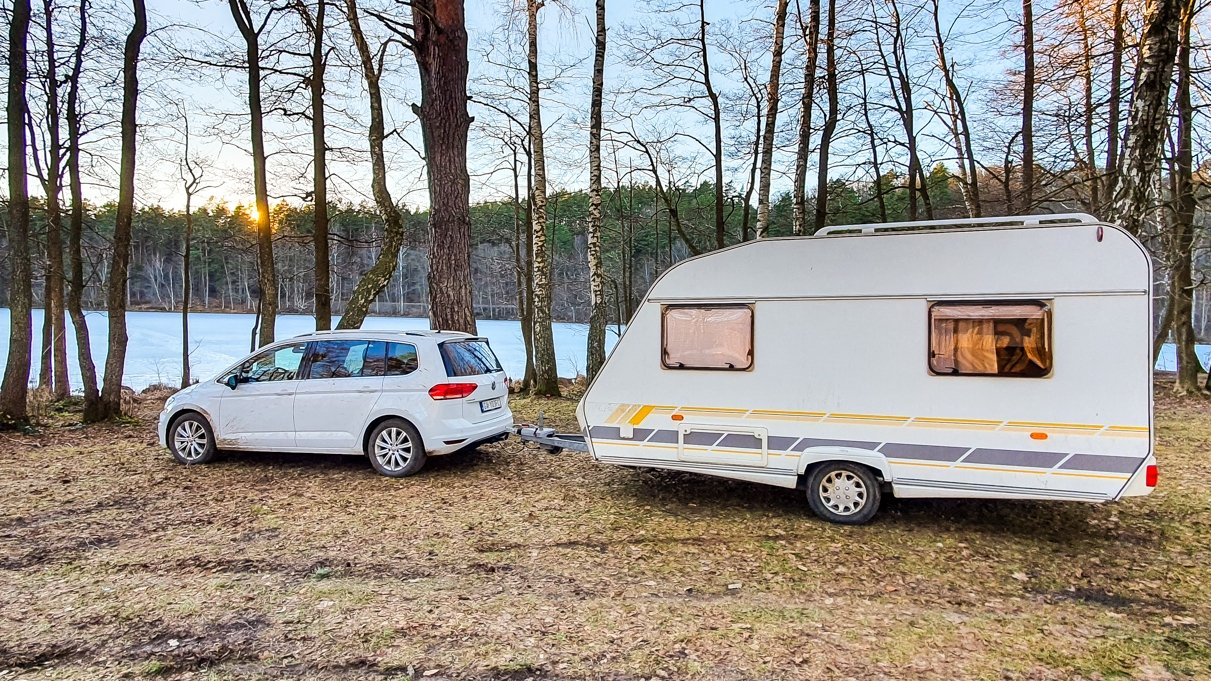 Volkswagen Touran w naszej konfiguracji jest w stanie holowaćprzyczepęo masie do 1500 kilogramów