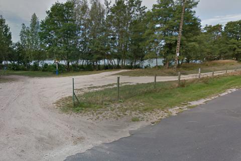 Miejscówka 445 - Rokitki parking nad jeziorem