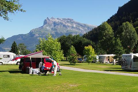 Nature & Lodge - Camping Les Dômes de Miage