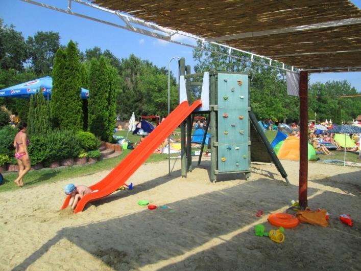 Rukkel-tó Waterpark