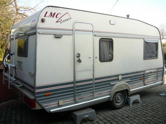 PRZYCZEPA CAMPINGOWA LMC LUXUS 450
