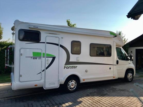 Kamper Fiat Forster T699VB 6-cio osobowa półintegra
